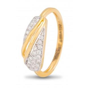 Shimmering Apportion Diamond Ring