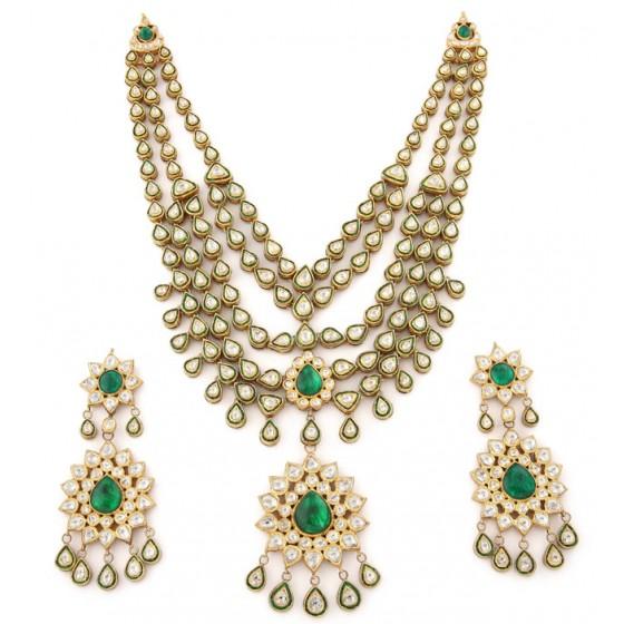 Bahaar - e - Ishq Kundan Jewellery Set